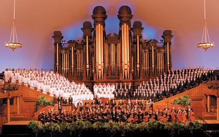 Mormon Tabernacle Choir and the Orchestra at Temple Square
