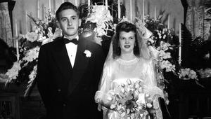 President-monson-with-wife-wedding.jpg